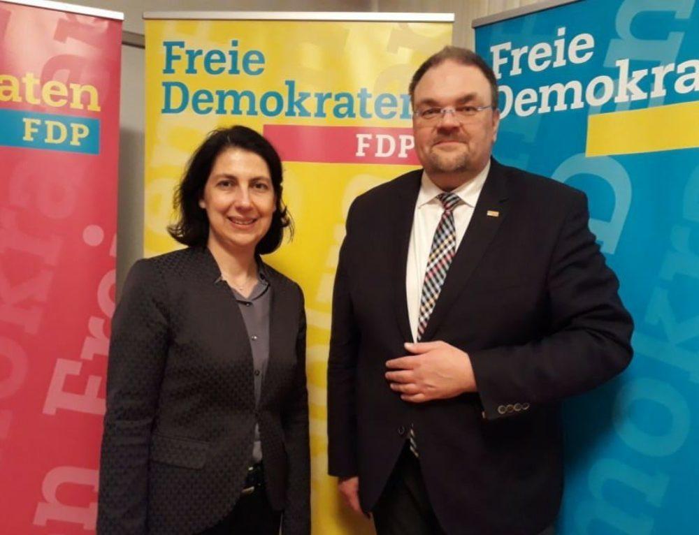 MdB Katja Hessel: Ansehen der Bezirkskliniken darf keinen Schaden nehmen
