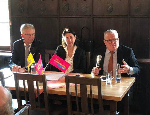 Plädoyer für Innovationen, Ideen und digitale Geschäftsmodelle in der Donau Zeitung